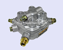 0438101036-|-0-438-101-036-Fuel-Distributor-👉-Regenerated-👈-Bosch-|-Mercedes-Benz   0438101036 / 0 438 101 036 Bosch