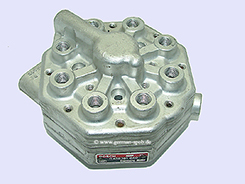 0438101040-|-0-438-101-040-Fuel-Distributor-👉-Regenerated-👈-Bosch-|-Bentley   0438101040 / 0 438 101 040 Bosch